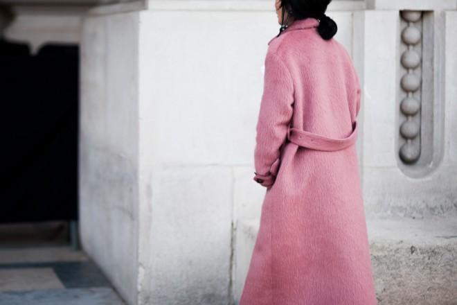 ShotByGio-George-Angelis-Woman-Pink-Coat-Paris-Fashion-Week-Fall-Winter-2015-2016-Street-Style-4597