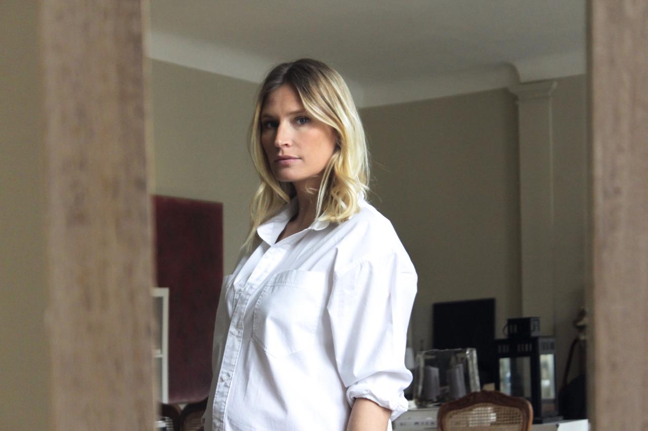 (Français) la chemise blanche