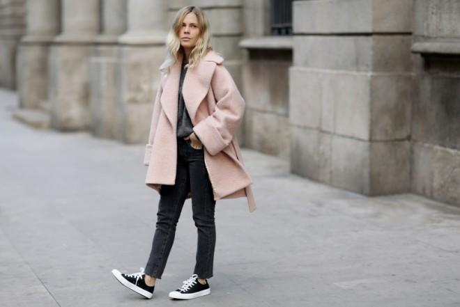 jessiebush_wethepeople_pinkcoat_1-815x545